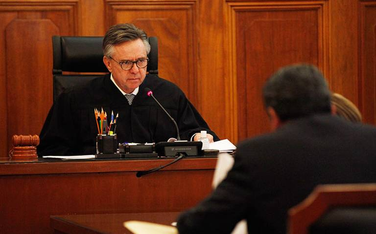 Renuncia ministro Medina Mora a la SCJN