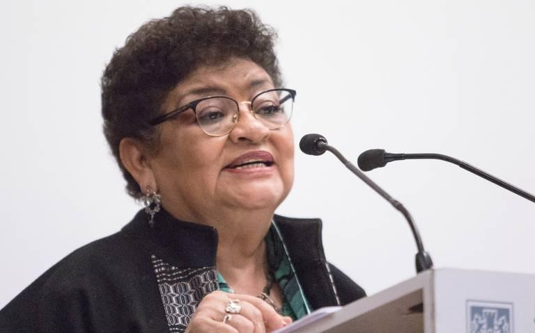 Liberan vía a Ernestina Godoy para que sea fiscal