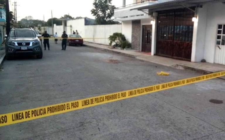 Balean a empresario afuera de su vivienda en Veracruz