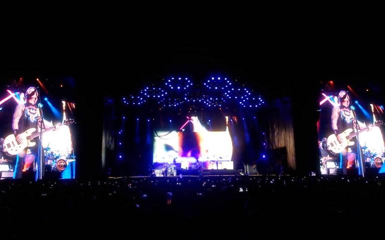 Desde falsas promociones hasta sobreventa de boletos, así fue el concierto Guns N' Roses