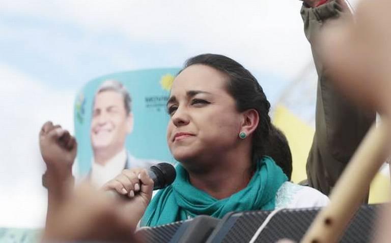 México da asilo a legisladores de Ecuador