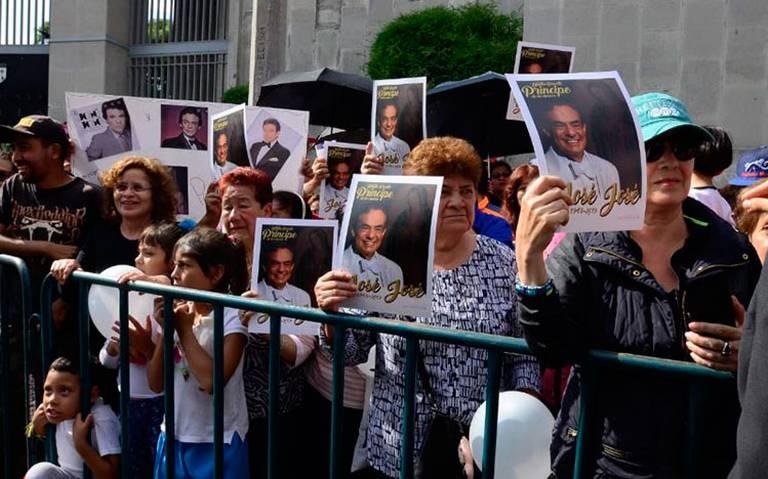 Rendirán homenaje a José José con concierto en el Zócalo