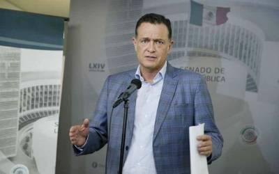 """""""Medina es quien debe decirnos las causas de su renuncia"""": Mauricio Kuri Gonzales"""