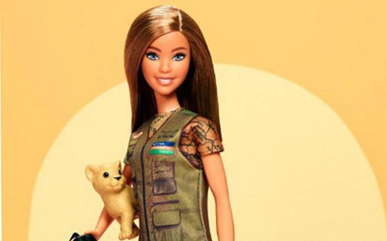 Barbie se convierte en fotógrafa de National Geographic