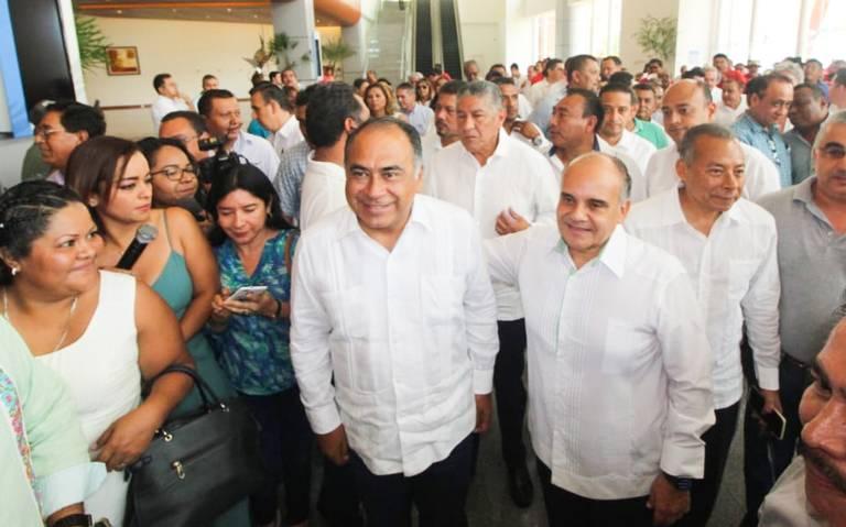 En Guerrero estamos acostumbrados a trabajar en circunstancias difíciles: Héctor Astudillo