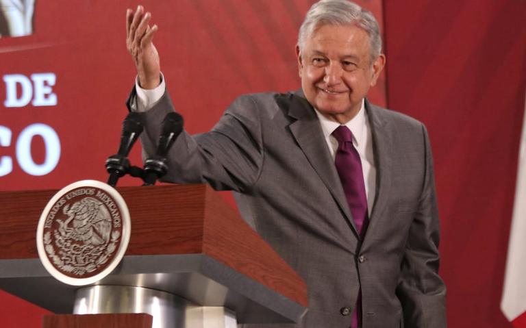 AMLO extiende propuesta de eliminar examen para bachilleratos de la UNAM