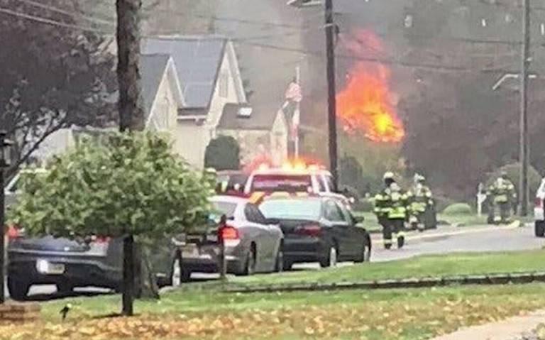 Avioneta se estrella en Nueva Jersey; provoca fuerte incendio