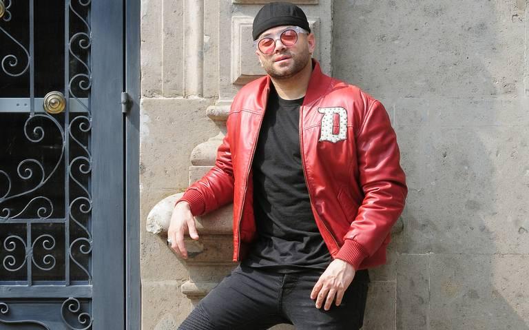 Nacho deja el romanticismo y se diversifica en disco solista Uno