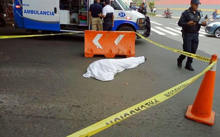 Muere mujer al aventarse desde un puente en la Miguel Hidalgo