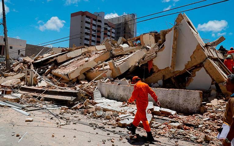 Derrumbe de edificio en Brasil deja dos muertos y nueve desaparecidos
