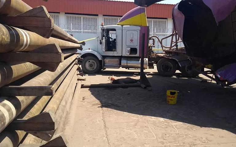 Pipa explota en Terminal Marítima de Dos Bocas; hay un muerto