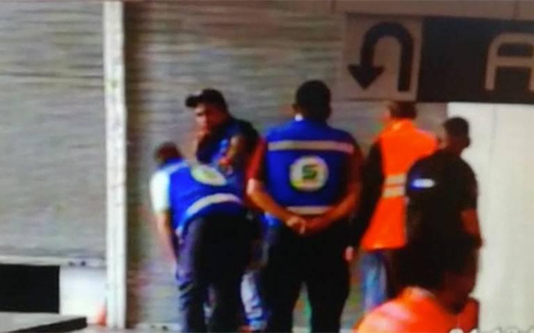 [Video] Frustran intento de suicidio de un hombre en Metro Pantitlán