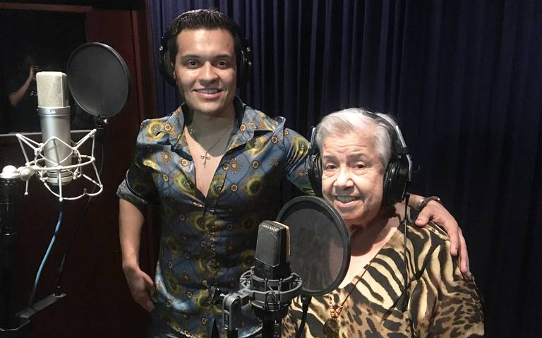 """A sus 81 años, Irma va por un Grammy con disco """"Las canciones de la abuela"""""""