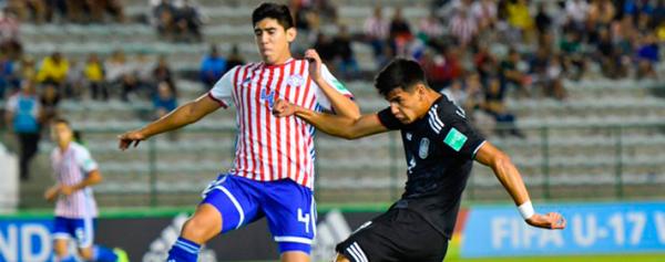 México y Paraguay reparten puntos en su debut