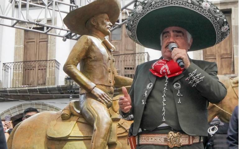 Más de 65 mil personas rinden homenaje a Vicente Fernández en Guadalajara