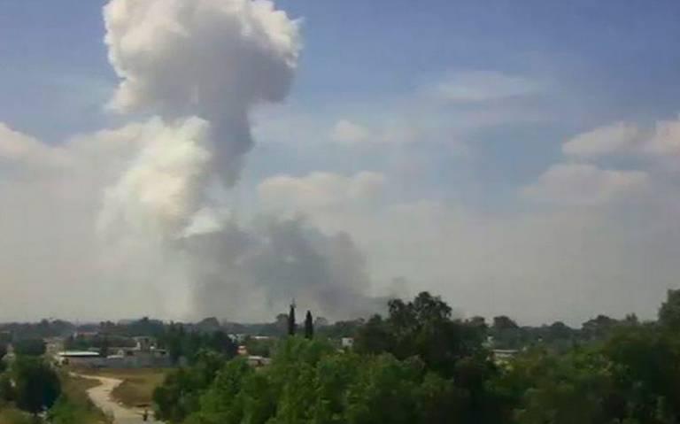 Reportan explosión de polvorín en Zumpango