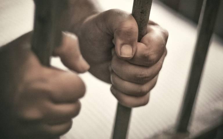 Emite Derechos Humanos recomendación a gobierno de Barbosa por cárceles para mujeres