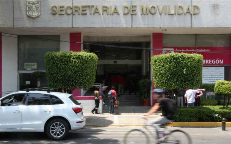 Semovi desmiente a defensa de Robles sobre autenticidad de licencia