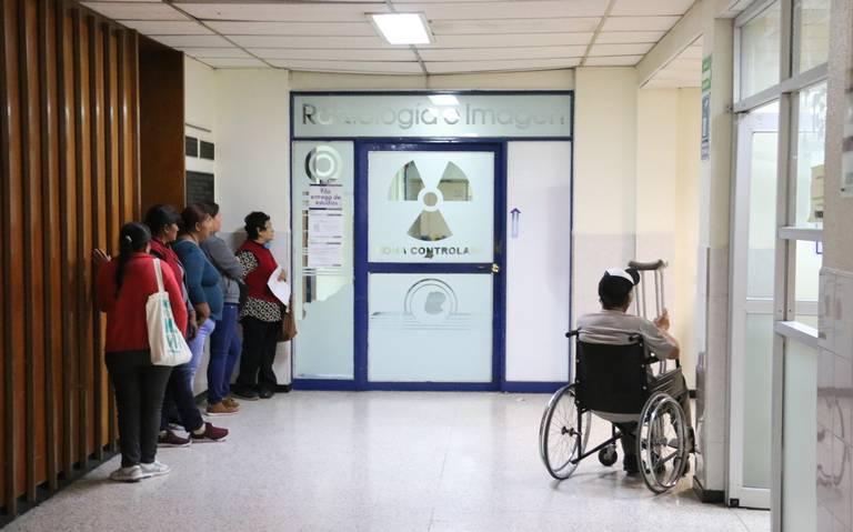 Enfermedad y pobreza orillan al abandono del hogar