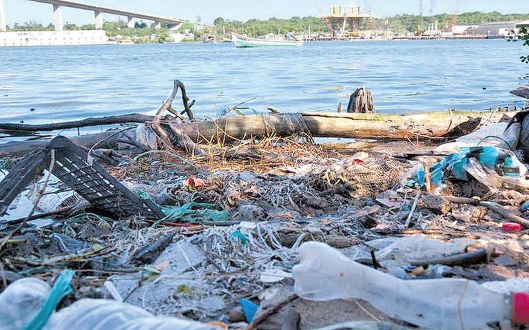 Crece contaminación en los ríos y lagunas