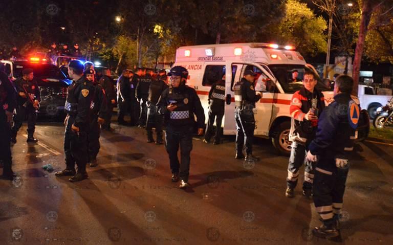 """Hombre desarma a ladrones tras enfrentamiento a """"plomo"""" en Tlatelolco"""