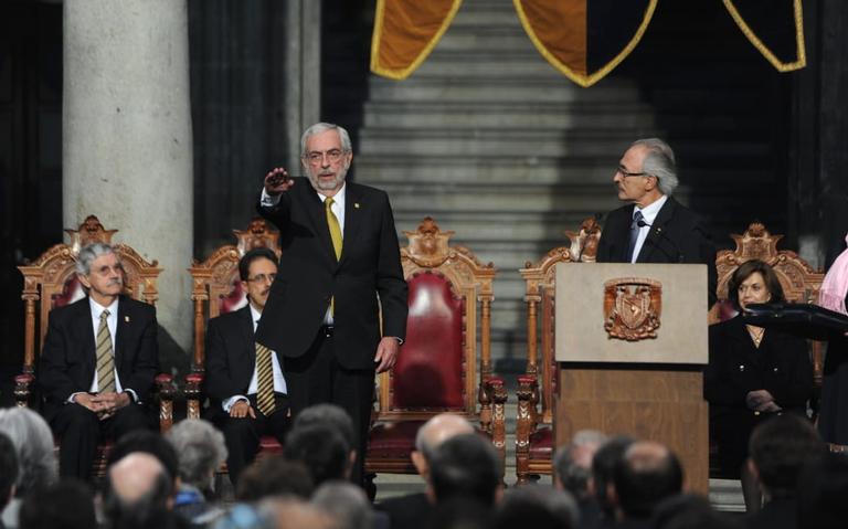 Enrique Graue va contra violencia y acoso sexual en la UNAM