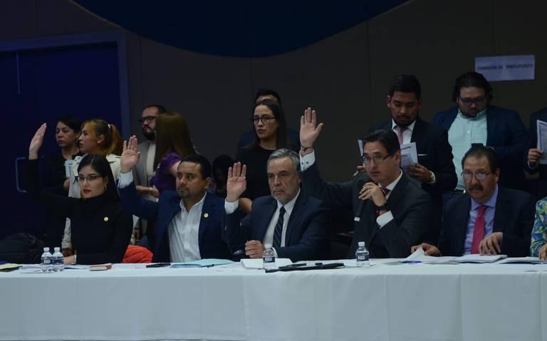 Inician diputados discusión de presupuesto en el Pleno y va para largo