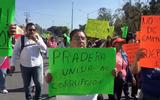 Habitantes de La Pradera se manifiestan en Plaza de Armas