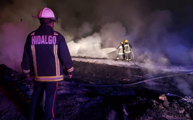 Sofocan al 100% incendio en ducto de Pemex, en Hidalgo