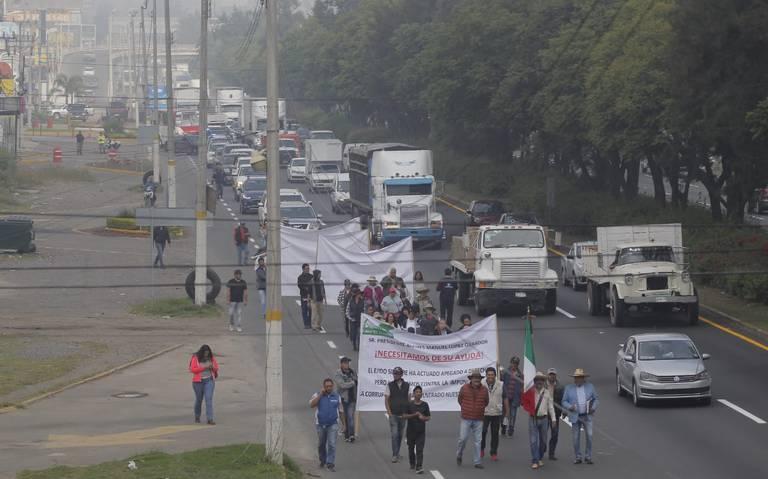 Marchan 120 ejidatarios de El Zapote