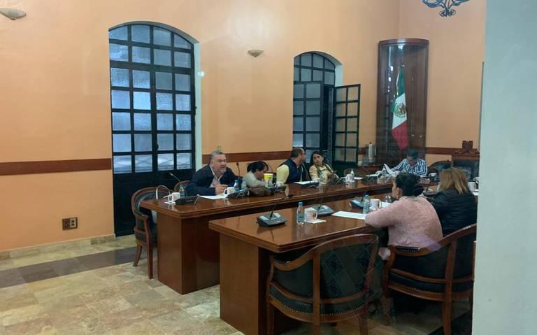 Sin edil, por tercera ocasión sesiona Cabildo de Tehuacán en ausencia de Patjane
