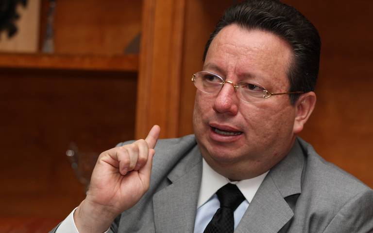 Congelan cuentas de Eukid Castañón, pero le conceden un amparo