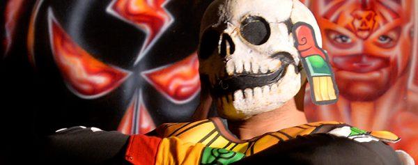 El Día de Muertos se respira con miedo en la Arena México
