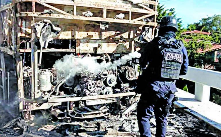Buscan emular en Guerrero el culiacanazo, presiona delincuencia con bloqueos en Petatlán