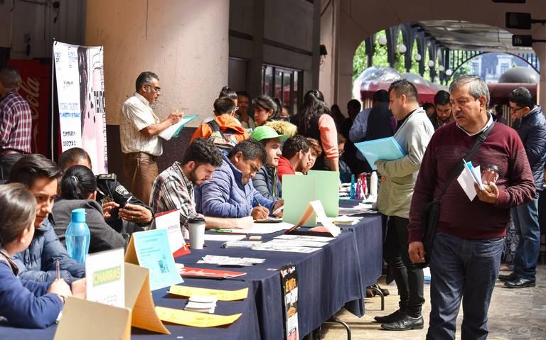 Más mexicanos tienen empleos mal pagados