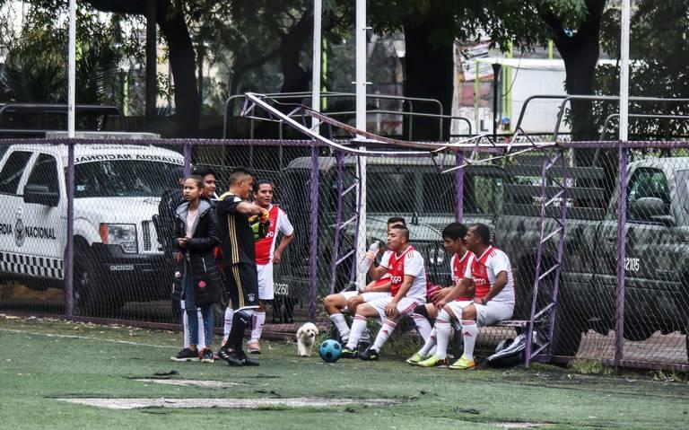 En Venustiano Carranza, gozan del deportivo Eduardo Molina aún con la Guardia Nacional