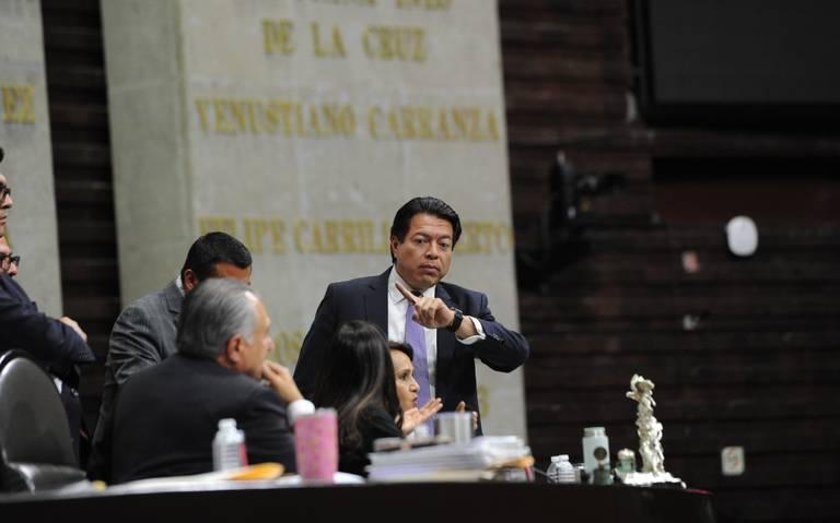 Ley para bloquear cuentas desata trifulca en San Lázaro
