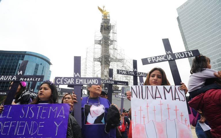 Familiares de víctimas de feminicidio demandan el Día de las Muertas
