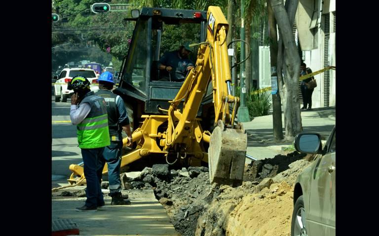 Trabajadores rompen ducto de gas natural y ocasionan desalojo en la Del Valle