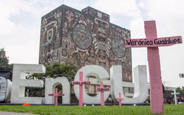 Expulsan a 16 alumnos de la UNAM por agredir a mujeres