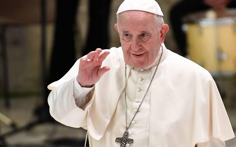 Papa Francisco compara con Hitler a políticos que discriminan a homosexuales