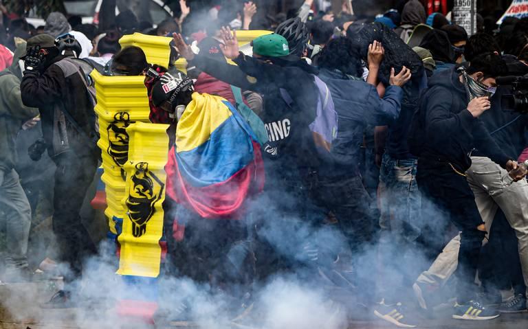 Violentas protestas en Colombia dejan al menos tres muertos