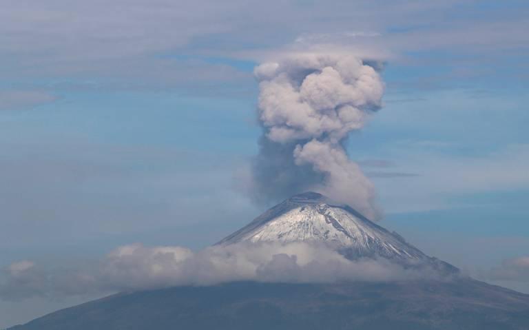 Cae ceniza del Popocatépetl en tres alcaldías de la CDMX