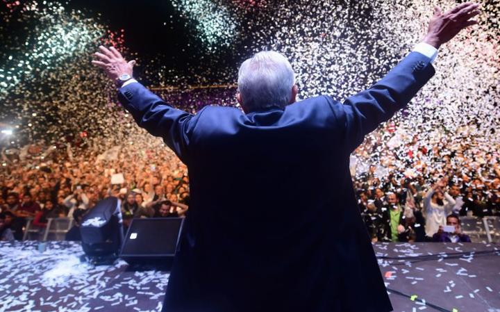 AMLO revelará logros en evento por un año de gobierno