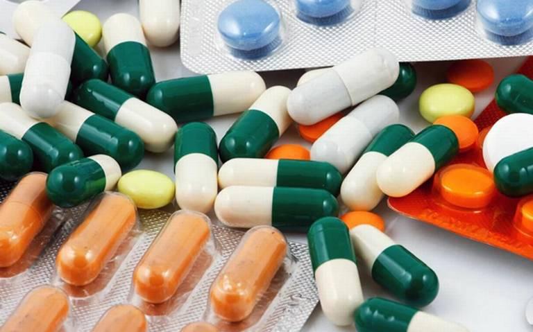 Recomiendan especialistas evitar uso indiscriminado de antibióticos