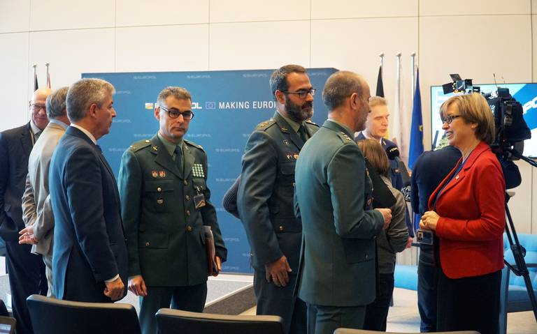 Europa lanza ciberataque contra el Estado Islámico