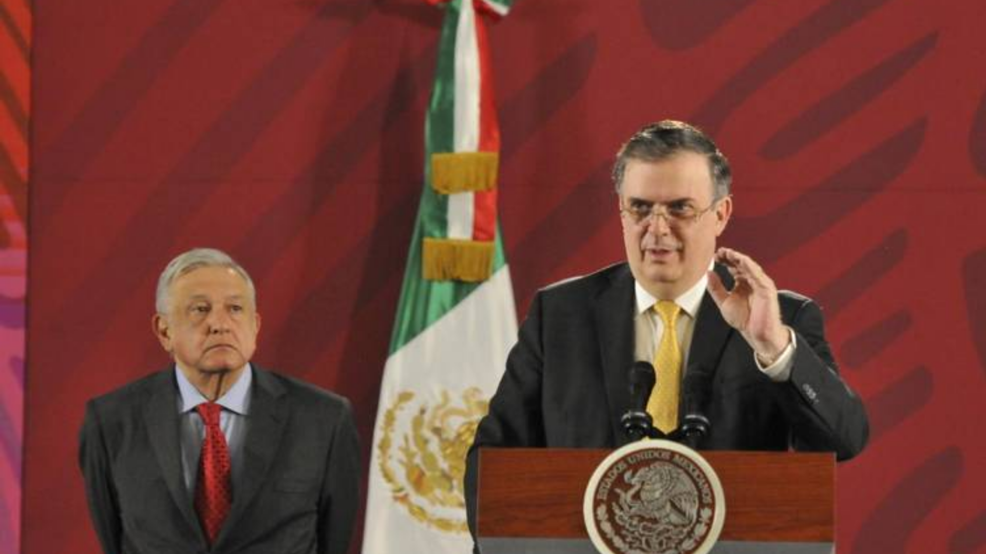 Evo Morales llegará a México aproximadamente a las 11:00 horas: Ebrard