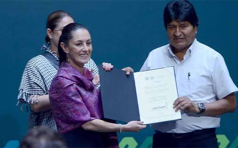 Sheinbaum nombra huésped distinguido a Evo Morales