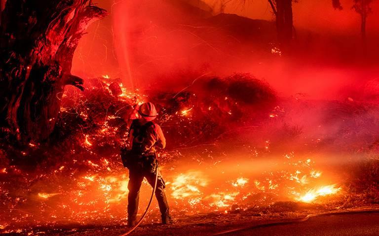 En California nace María, un nuevo incendio que consume todo a su paso