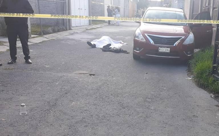 Bajó de su auto y recibió cuatro balazos frente a su domicilio en Ixtapaluca